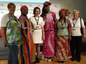 Članice Ženske grupe EKN-a na  Svjetskoj konferenciji žena